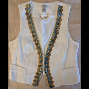 Cache White Vest with Beading & Single Clasp Vest